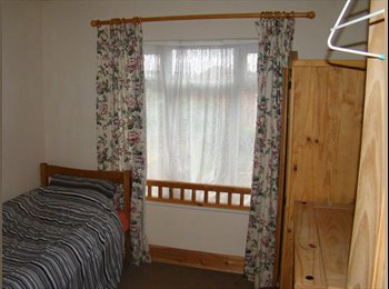 Rooms in a lovely large house near Warwick Uni
