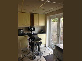 CENTRAL BASILDON DOUBLE BEDROOM £475