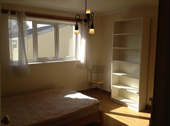 EasyRoommate UK - Large Double Room in Woodrow - Beoley, Redditch - £320