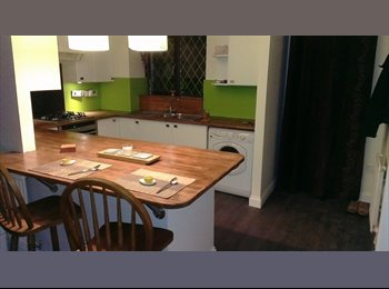 Double room houseshare available in fantastic newly...