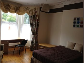 EasyRoommate UK - Spacious Double Rooms For Rent - DSS+Couples OK - Mount Gould, Plymouth - £306