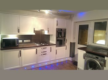 Double Rooms in HAYES