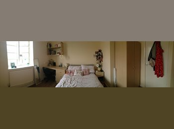 EasyRoommate UK - Liverpool Student room Available! £106pw - Liverpool Centre, Liverpool - £456