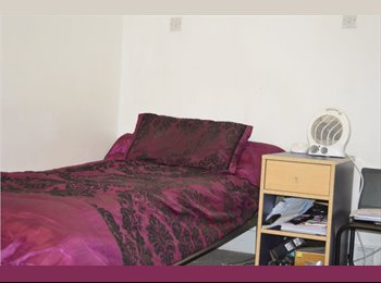 A double bedroom to rent in Upton Park