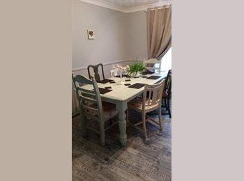 EasyRoommate UK - vintage house with large room - Treeton, Rotherham - £350
