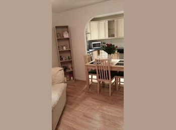 EasyRoommate UK - Available Now Double Bed (Veg & Female Preferred) - Hatfield, Hatfield - £500