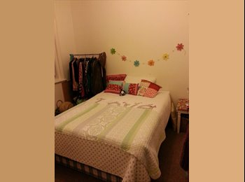 EasyRoommate UK - Double bedroom, Southsea Seafront ,roof terrace - Southsea, Portsmouth - £400