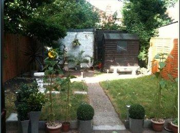 EasyRoommate UK - 2 Lovely Ladies looking for a new flatmate - Cricklewood, London - £578