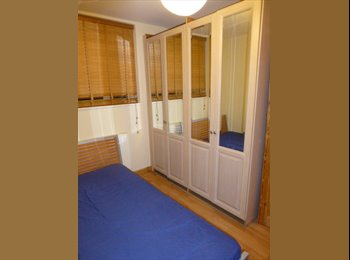 double room available in Bethnal green