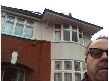 EasyRoommate UK - Double room / large single in a detached house - Braunstone, Leicester - £100