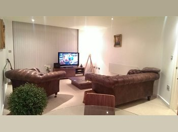EasyRoommate UK - Double room to rent in Leeds City Centre - Leeds Centre, Leeds - £600