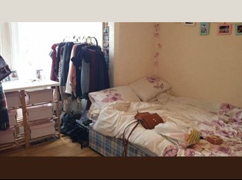 EasyRoommate UK - Cheap Double Room to rent - £240pcm! - Portswood, Southampton - £240