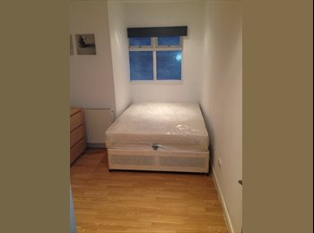 Double Room Available on Chaplin Road (Wembley Cen