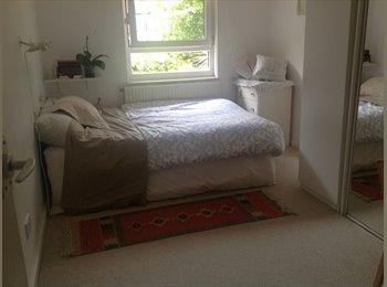 Hammersmith Flat Share - 1 Double Bedroom