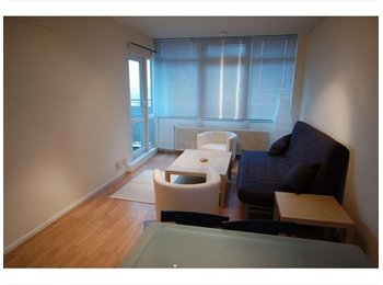 EasyRoommate UK - Double room to rent in Kennington - Elephant and Castle, London - £750