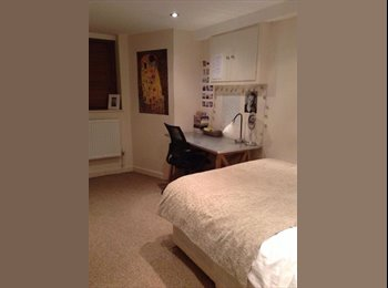5 bedroom house 5 minutes from leeds uni