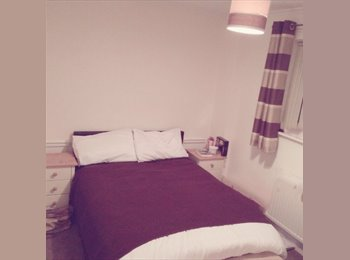 EasyRoommate UK - Double room for rent  - Totton, Southampton - £425