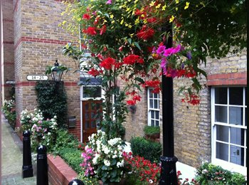 EasyRoommate UK - Flowery Pimlico Flat! 1BR Furnished Flatshare - Westminster, London - £833