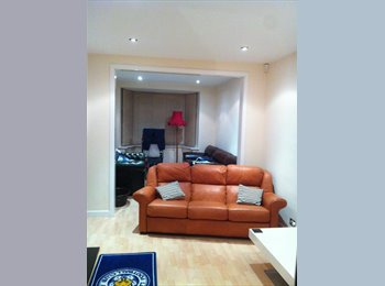 EasyRoommate UK - Housemate Needed Urgent In Great House - Knighton, Leicester - £450