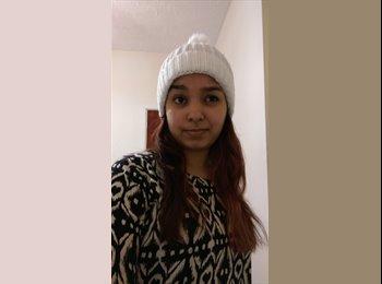 Flourina  - 23 - Student