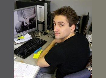 Thomas  - 23 - Professional