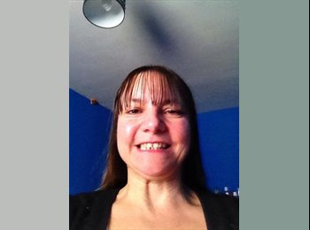 EasyRoommate UK - Heidi - 46 - Macclesfield