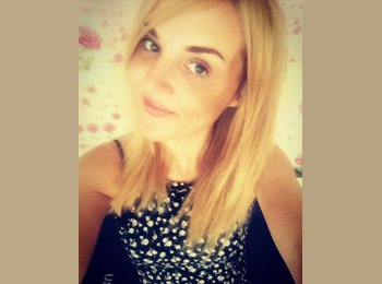 EasyRoommate UK - Nicola  - 23 - Stoke-on-Trent
