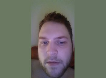 EasyRoommate UK - James  - 25 - Barnsley
