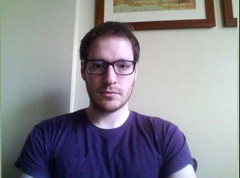Gareth - 24 - Professional