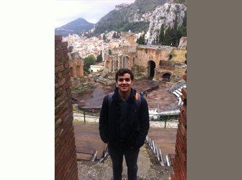 Jorge - 23 - Student