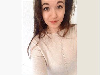 Daisy Ashcroft - 20 - Student