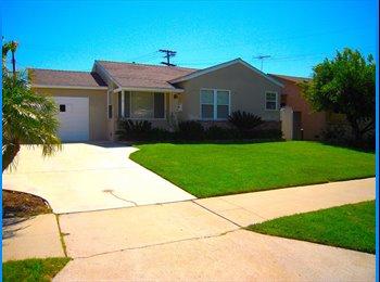 EasyRoommate US - Room for rent. - Burbank, Los Angeles - $1000