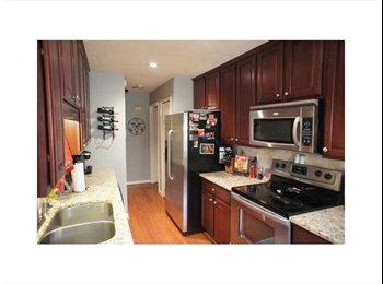 EasyRoommate US - $800/ 1460ft² - SPACIOUS ROOM FOR RENT IN LUXURI - Buckhead, Atlanta - $800