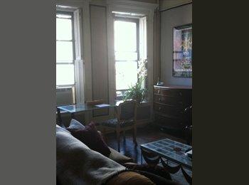 EasyRoommate US - Long Time New Yorker - Upper East Side, New York City - $1300