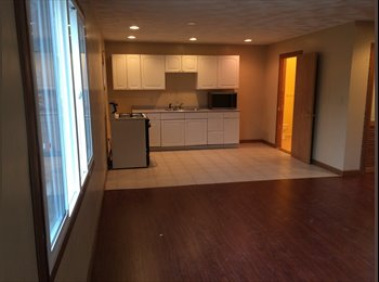 EasyRoommate US - House For Rent - Warwick, Warwick - $895