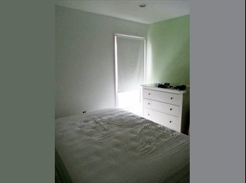 Room to Share in 2 Bedrooms Contemporary Townhouse