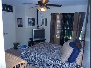 EasyRoommate US - $675 Furn'd Room For 1 Male - Oceanside, San Diego - $675