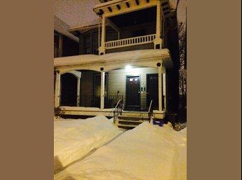EasyRoommate US - 3rd roommate needed - Pine Hills, Albany - $325