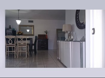 EasyRoommate US - Free Rent in Exchange Nanny to 8 yr old Girl - North Miami Beach, Miami - $10