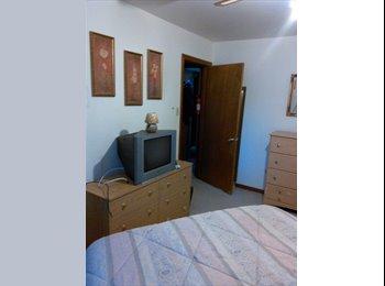 EasyRoommate US - Nice lrge room for rent - Savannah, Savannah - $60000