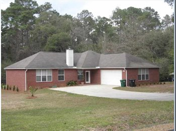 EasyRoommate US - Large open floorplan centrally located - Tallahassee, Tallahassee - $713