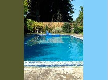 EasyRoommate US - Mid century in Cully - Multnomah, Portland Area - $650