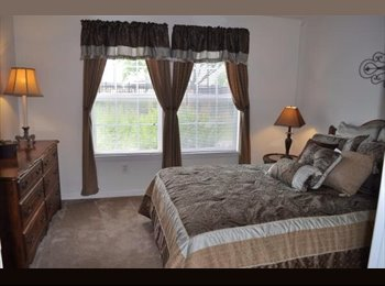 EasyRoommate US -  Beautiful 1 Bed/1 Bath Apartment! 5 min. from Lake & 10 from Down Town  - Central Nashville-Davidson Co., Nashville Area - $755