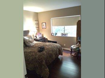 EasyRoommate US - Downstairs bedroom with bath and hardwood floors - Long Beach, Los Angeles - $1000