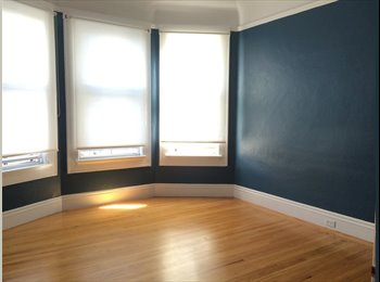 EasyRoommate US - 1 Bedroom + PRIVATE LIVING ROOM for Rent in 3BD/1B - Nob Hill, San Francisco - $2000