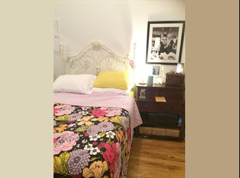 EasyRoommate US - Help Me Help My Roommate! - Lakeview, Chicago - $725