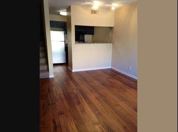 EasyRoommate US - Master Bedroom in Spacious Bellevue Town Home - Central Nashville-Davidson Co., Nashville Area - $580