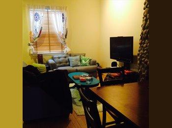 EasyRoommate US - Female roommate needed asap for East Campus - UT Area, Austin - $615
