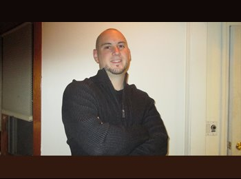 Ryan - 34 - Professional