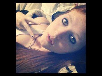alanna lei - 18 - Student